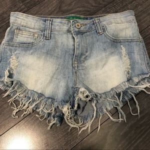 SIGNATURE EIGHT JEAN SHORTS SIZE SMALL